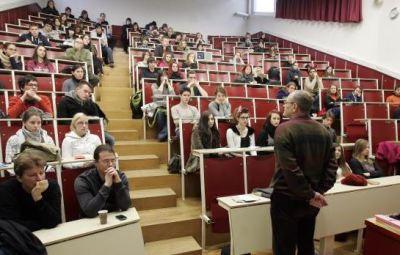 studenti predavalnica