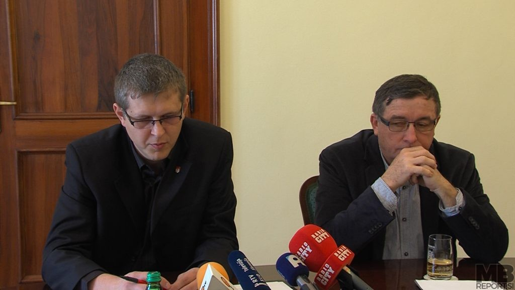 Simon Štrancar, direktor MU MOM; Andrej Fištravec, župan MOM