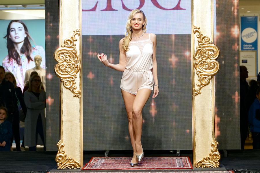 Na modni brvi je blestela tudi Nadiya Bychkova; Foto B. Mihalič